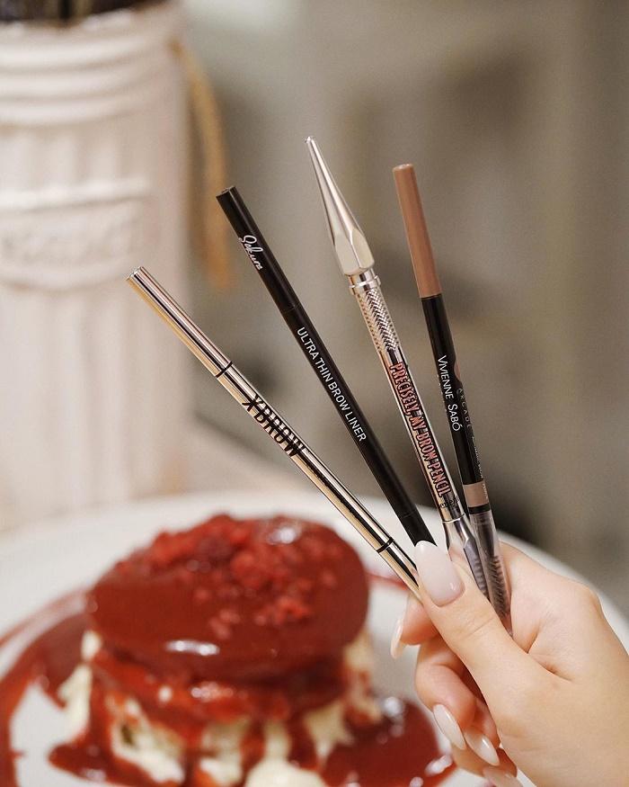 Выбираем карандаш для бровей